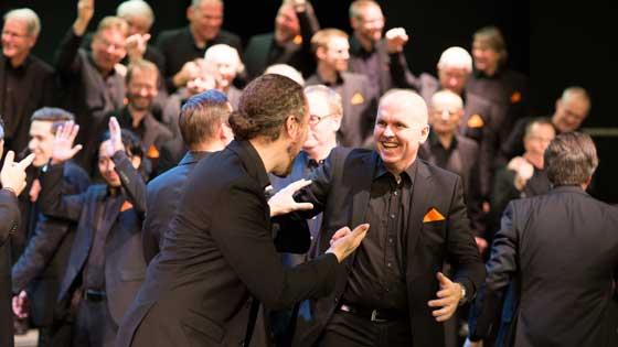 sjung-med-manskor-stockholm